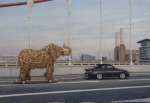 <b>Elefante en Chelsea Bridge</b><br>oil on canvas, 15x22 inches<br>$900